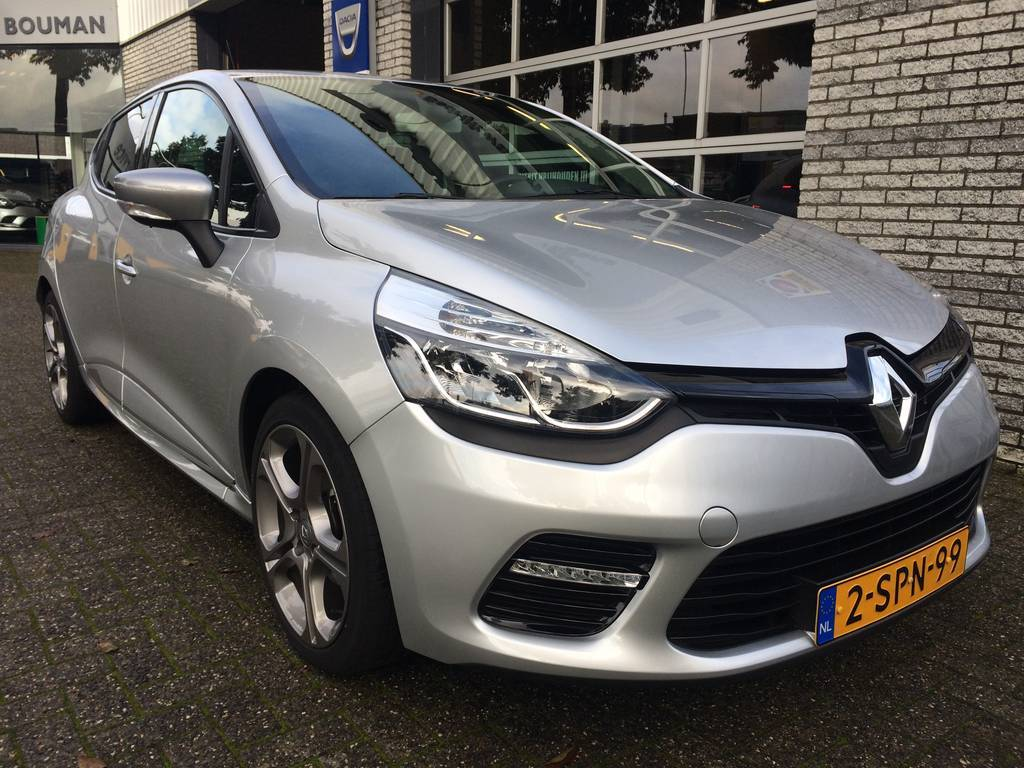 Renault Clio Tce 120 gt automaat