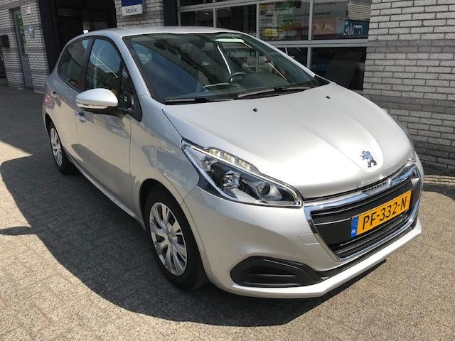 Peugeot 208 1.2 puretech active automaat