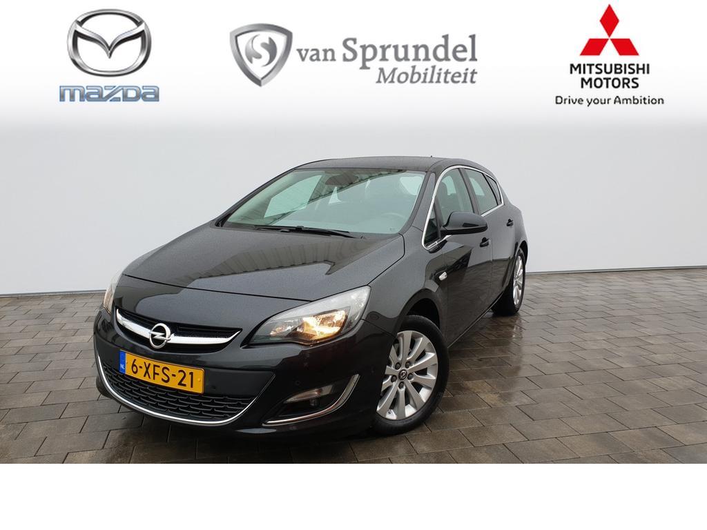 Opel Astra 1.6 turbo cosmo .