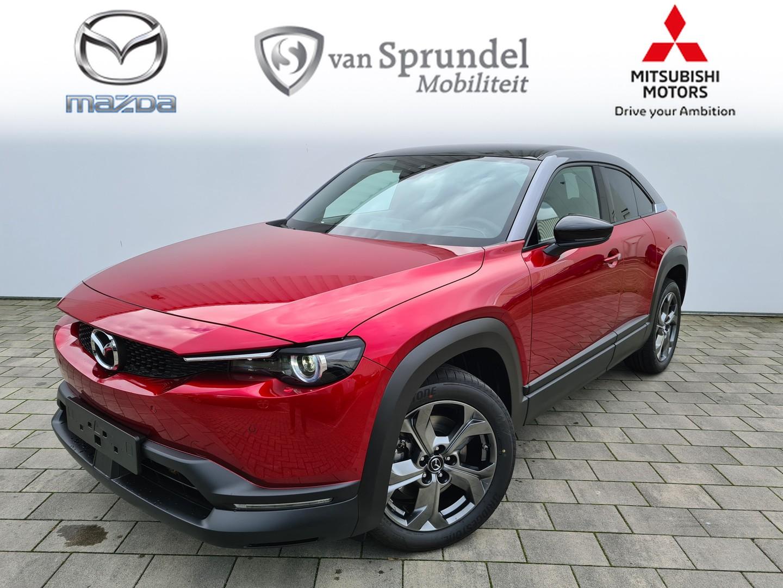 Mazda Mx-30 E-skyactiv first edition € 3000,- voorraadvoordeel 8% bijtelling of € 2.000,- subsidie exclusief btw