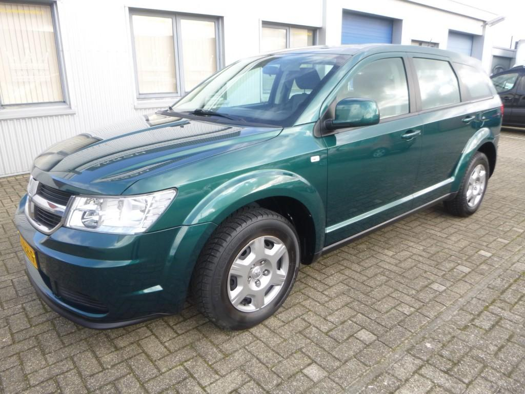 Dodge Journey 2.4 se + airco - met lage km. stand ! nap.