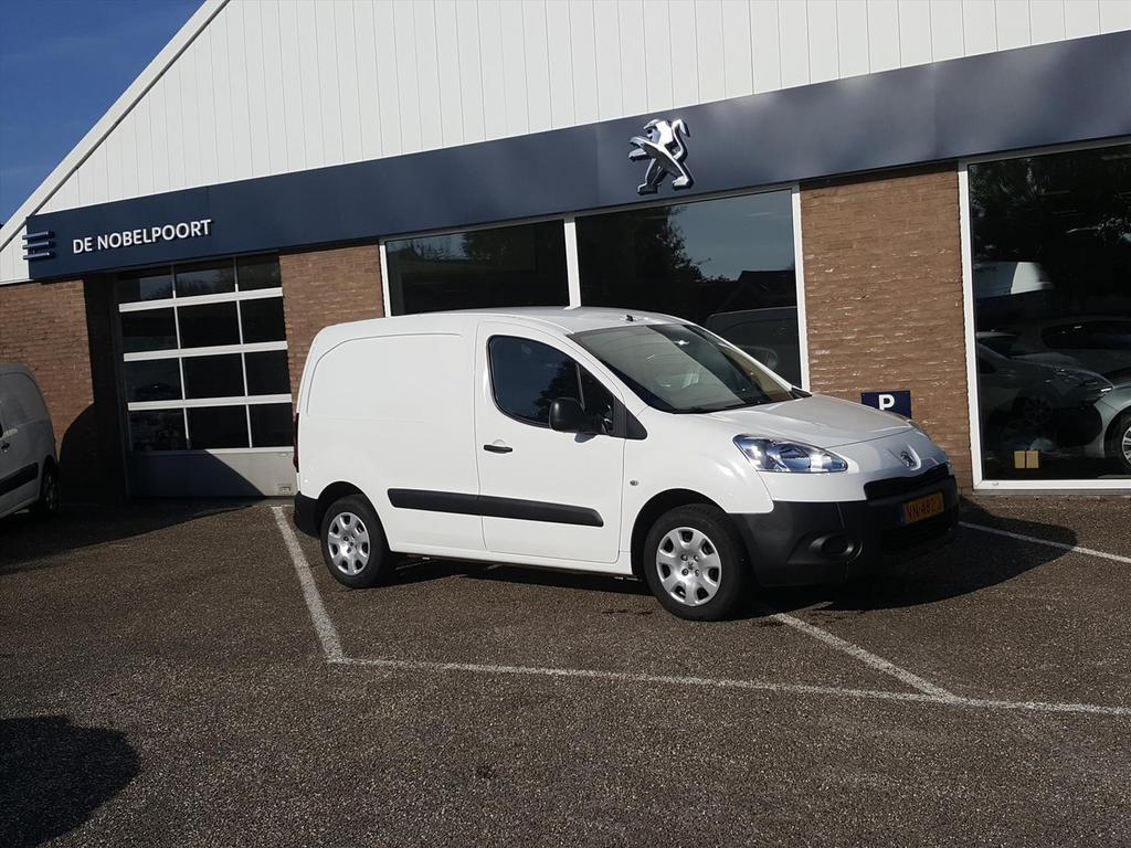Peugeot Partner Gb 120 l1 1.6 hdi 16v 75pk 2-zits xr profit+ trekhaak tom-tom