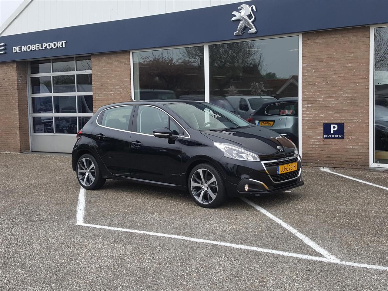 Peugeot 208 Allure 1.2 puretech 110pk 5d navigatie climate&cruise lmvelg16i