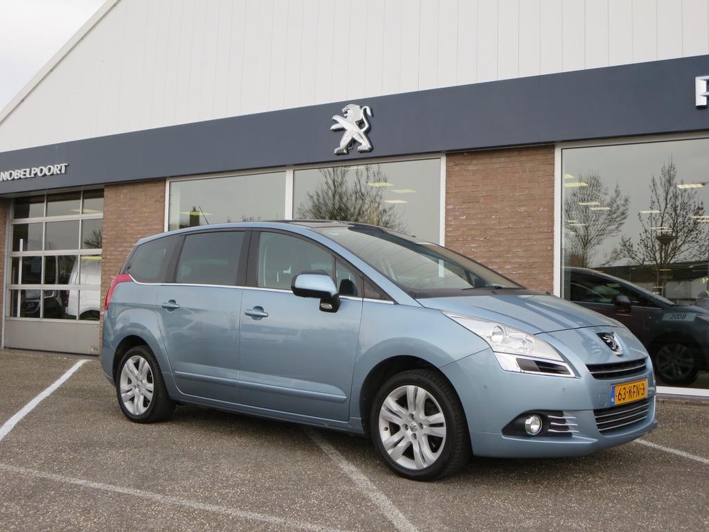 Peugeot 5008 Premiere 1.6turbo-155pk 7p. navi/bt/cl.control/lmv/ pano-dak