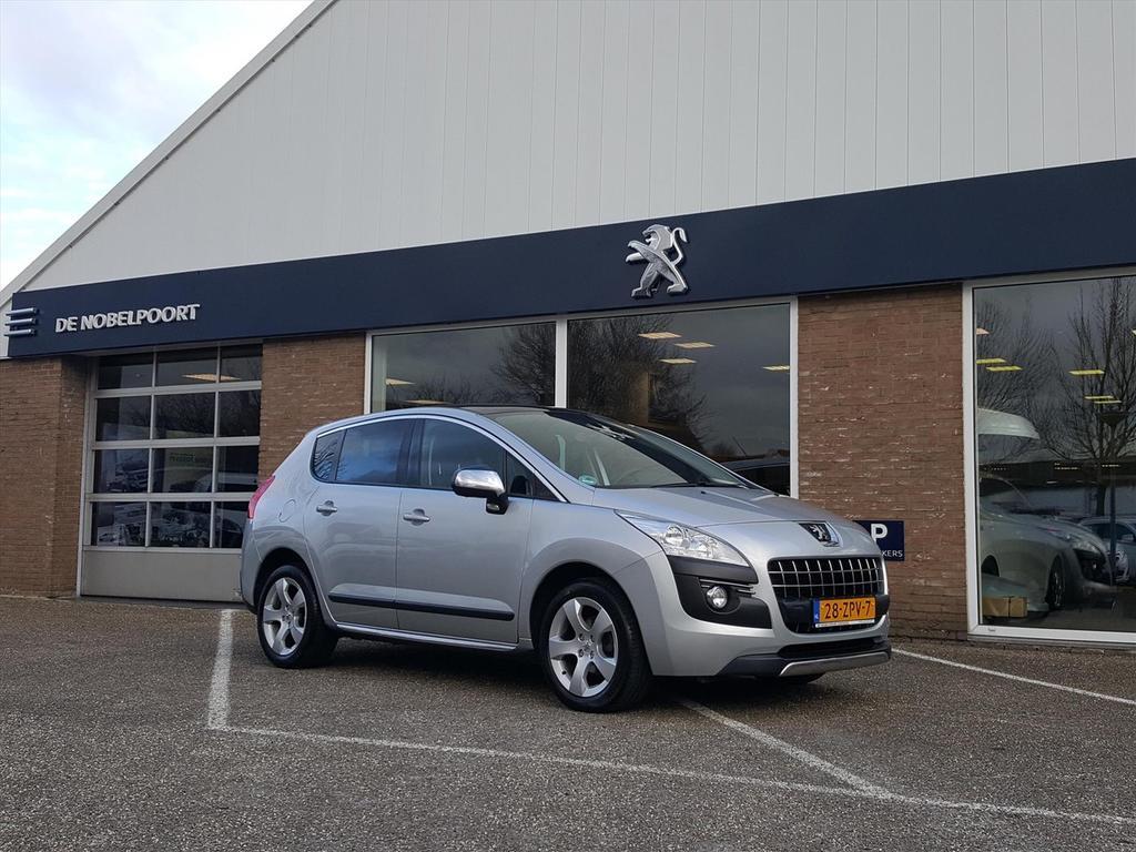 Peugeot 3008 1.6 16v vti 120pk style navi/climate/trekhaak/panoramadak