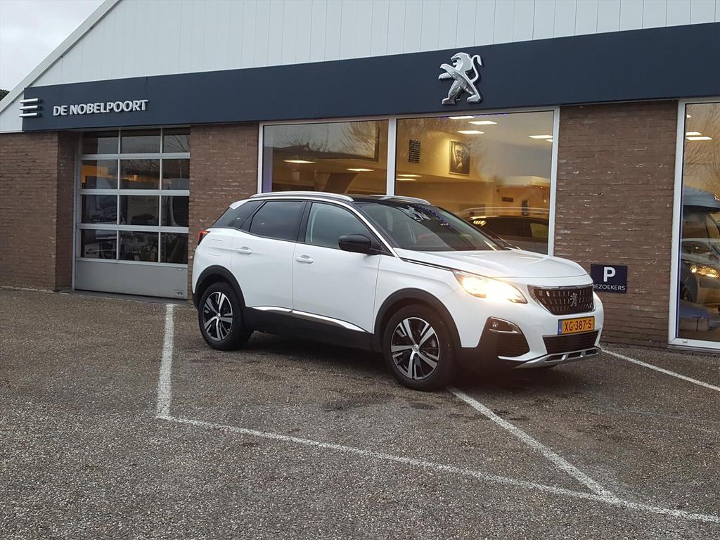 Peugeot 3008 1.2 puretech 130pk allure navi&climate&parkeersensoren