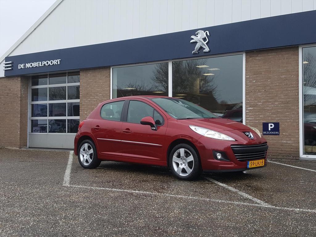 Peugeot 207 Premiere 1.6vti-120pk kleurnavi/bluetooth,trekhaak,lm-velgen