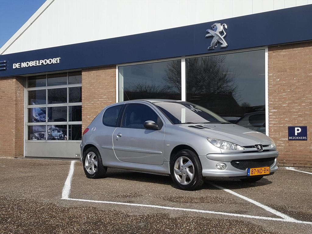 Peugeot 206 1.4 x-line 3d climate control/trekhaak/radiocd/lmvelgen
