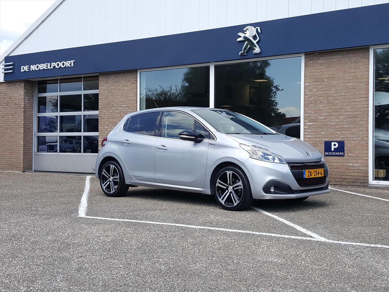 Peugeot 208 Gt-line 1.2 pt-110pk (vol)automaat(6t)5d navi,bluetooth,clima,cr