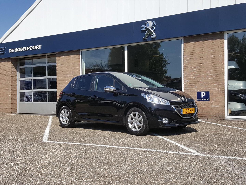 Peugeot 208 1.2 pt-82pk 5d style navi parkhulp bluetooth,cruis en lm-velgen