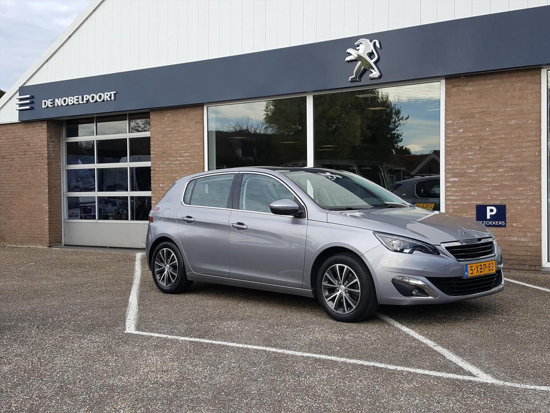 Peugeot 308 Première 1.6turbo-125pk navigatie,bluetooth,climatecontrol,pano-dak,trekhaak
