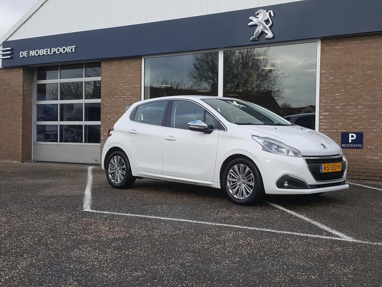 Peugeot 208 1.6 bluehdi 100pk 5d blue lease executive cruise- en climate control bt lm-velgen usb