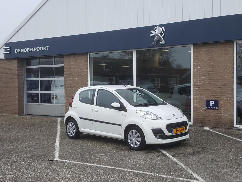 Peugeot 107 1.0 68pk 5-deurs active airco elektr ramen radio cd