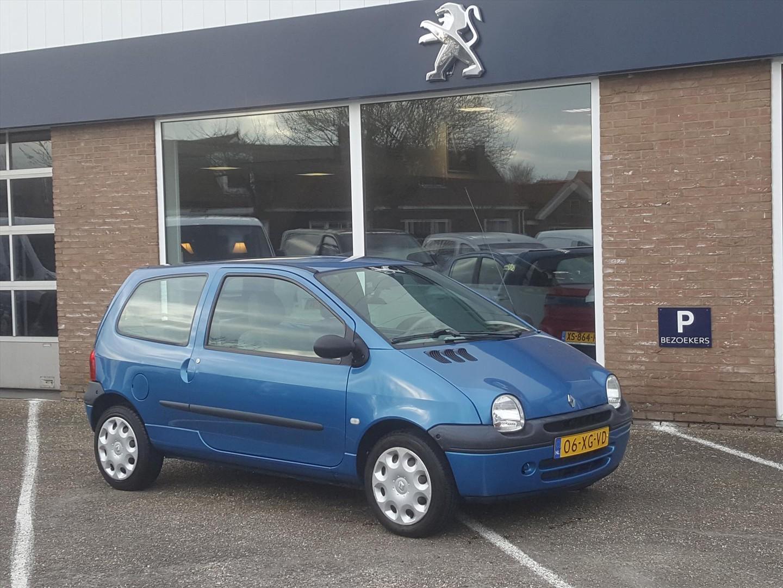 Renault Twingo 1.2 emotion airco elektrische ramen trekhaak weinig km's