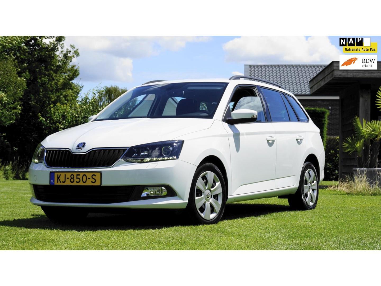 Škoda Fabia Combi 1.4 tdi ambition navigatie parkeersensoren multi stuur