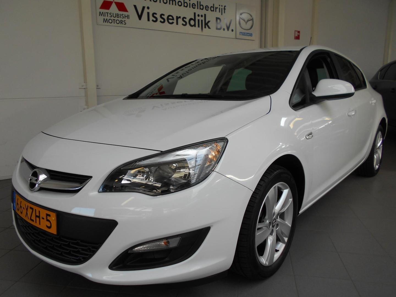 Opel Astra 1.4 turbo cosmo