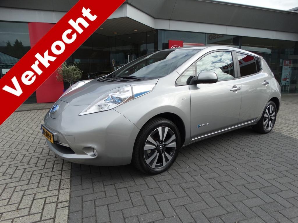 Nissan Leaf Tekna 30 kwh stoelverwarming