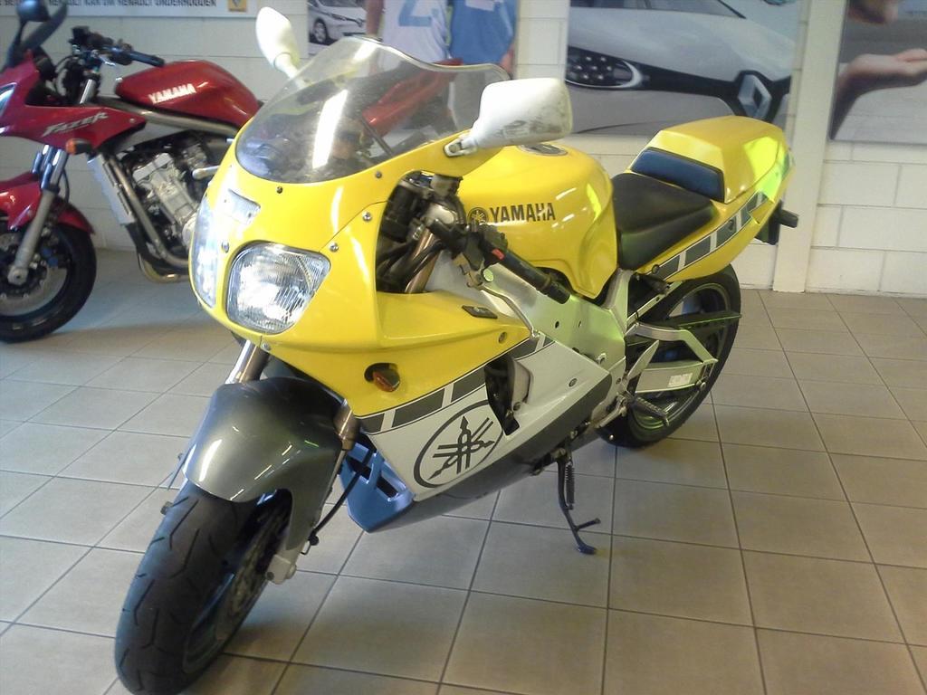 Yamaha Yamaha Yzf .750 r