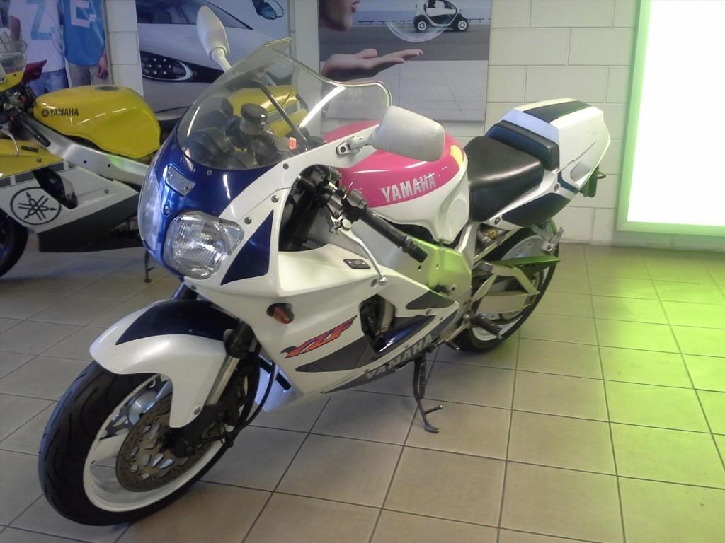 Yamaha Yamaha Yzf 750 r