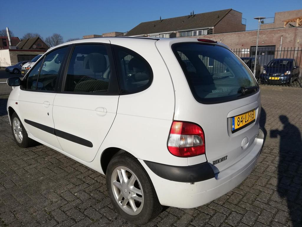 Renault Scénic 1.8 16v euro 2000