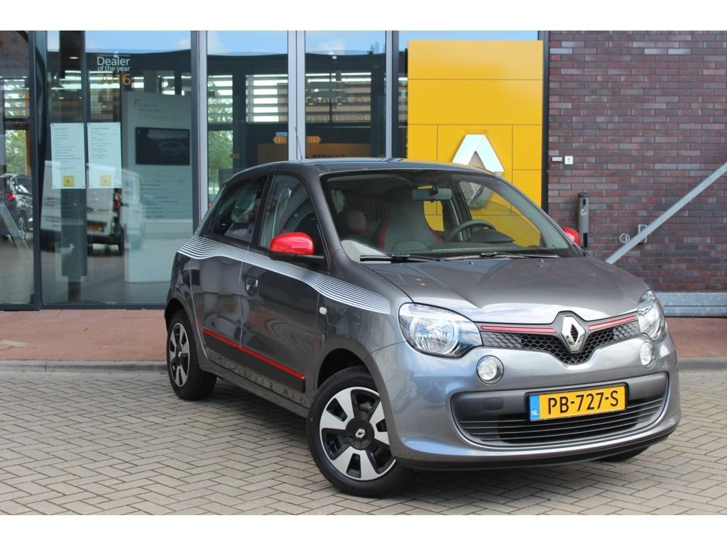 Renault Twingo Sce 70pk collection normaal rijklaar 13.770,- nu rijklaar 11.895,- airco