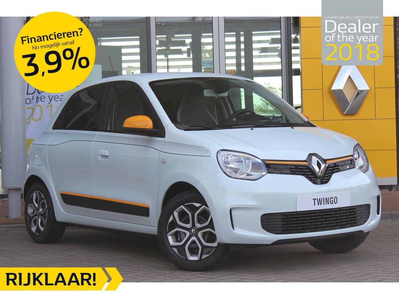 Renault Twingo Sce 75pk collection nieuwe model normaal rijklaar €14.695,- nu rijklaar €13.695,- nu abd renault sneek in de showroom de nieuwe renault twingo!