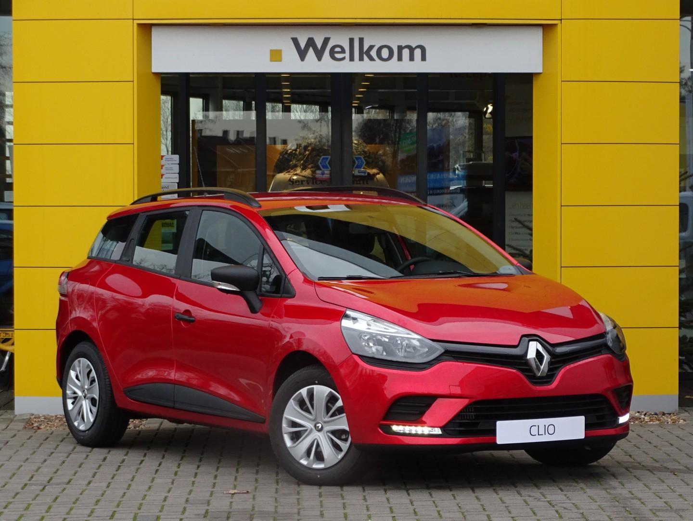 Renault Clio Estate tce 90pk life normaal rijklaar 17.990,- nu rijklaar 14.950,-
