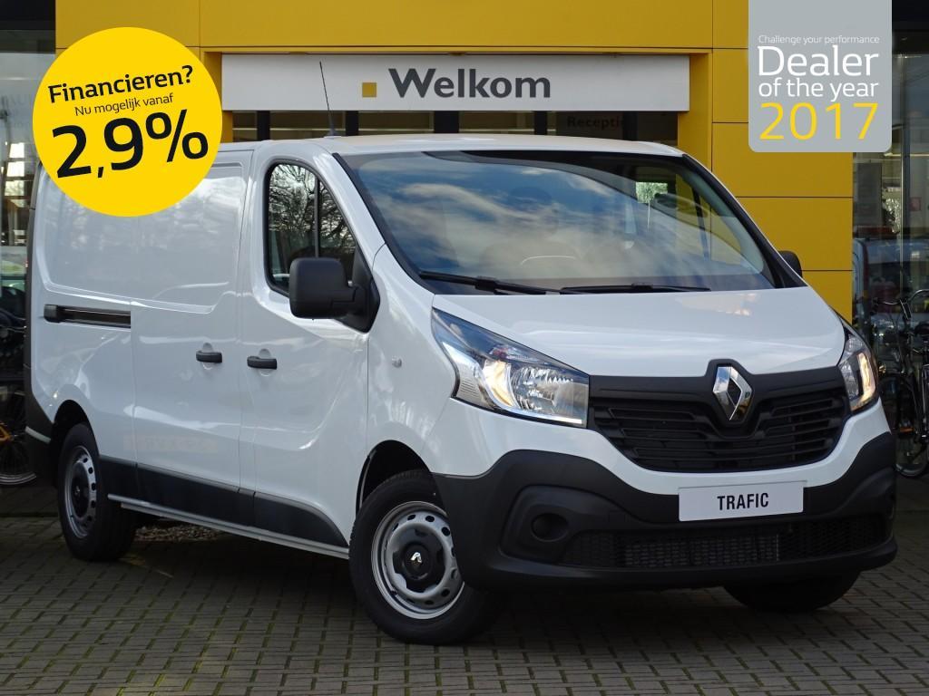 Renault Trafic Dci 120pk t29 l2h1 comfort energy airco/navigatie/cruise control normaal rijklaar voor € 26.579,- nu rijklaar voor € 18.500,-