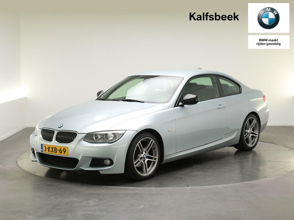 Bmw 3 serie Coupé 320i business line sport