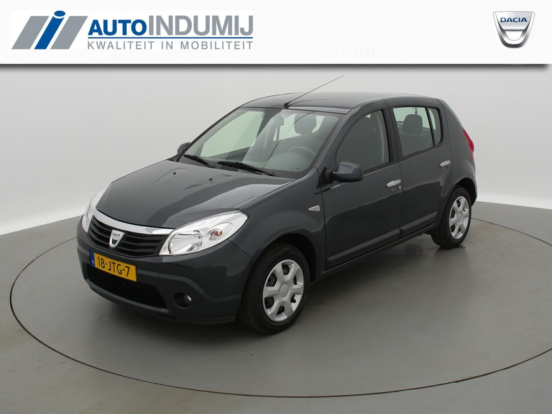 Dacia Sandero 1.2 lauréate / radio cd speler / airco!