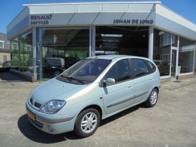 Renault Scénic 1.6-16v automaat expression