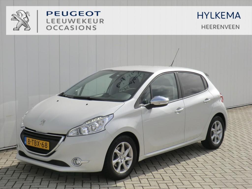 Peugeot 208 Oxygo 1.2 vti automaaat(2tronic) navi