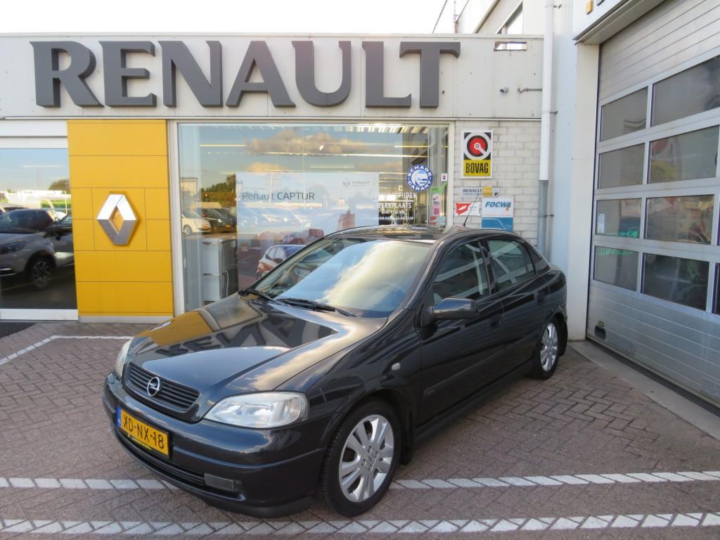 Opel Astra Astra 1.6 16v sport *nieuwstaat!/incl set winterbanden*