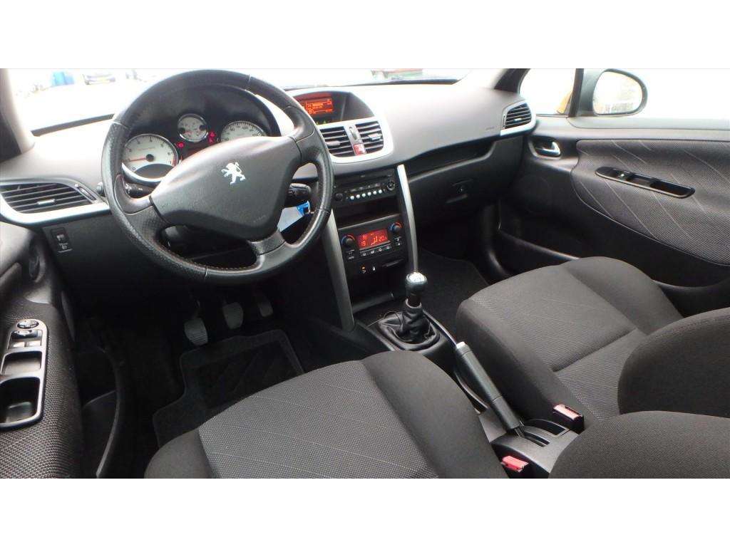 Peugeot 207 XS - PREMIÈRE 1.6 VTi 5-drs.