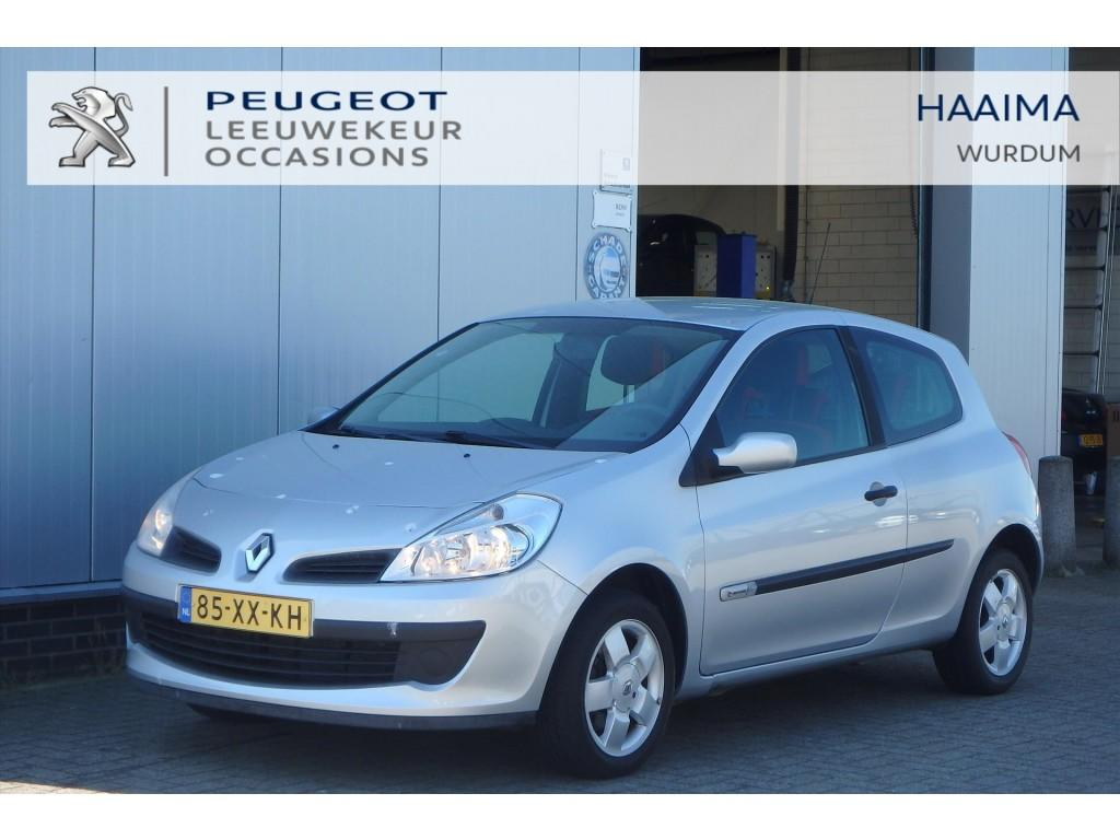 Renault Clio 1.2 16v 55kw 3-drs rip curl