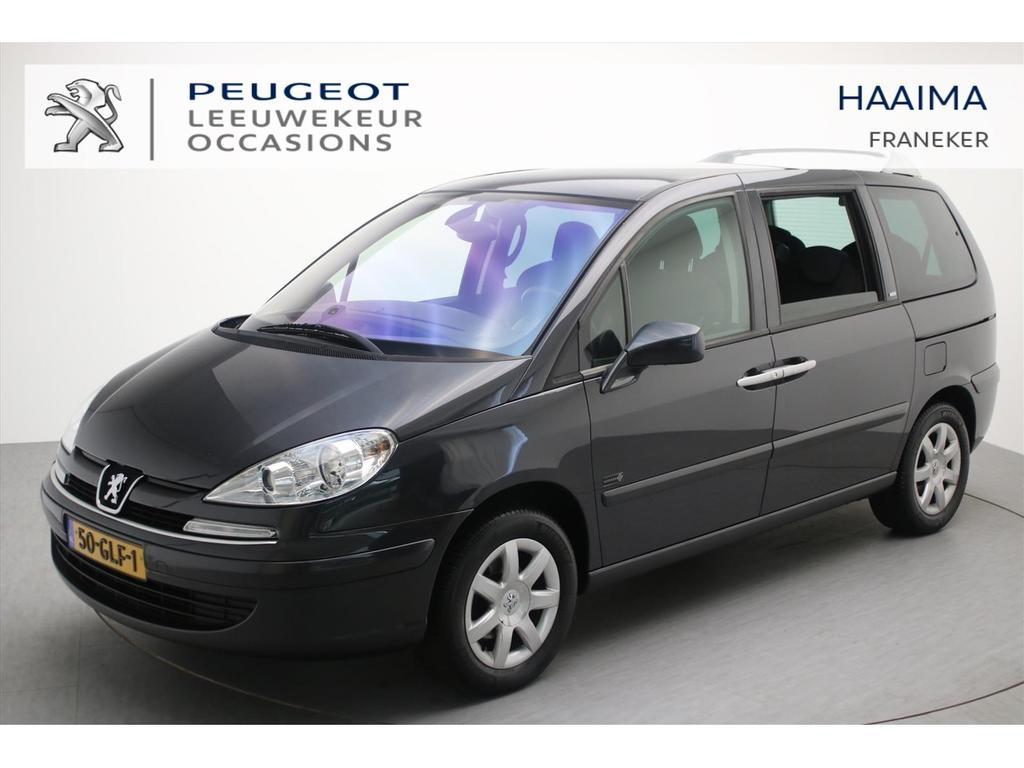 Peugeot 807 2.0 hdif 136pk st