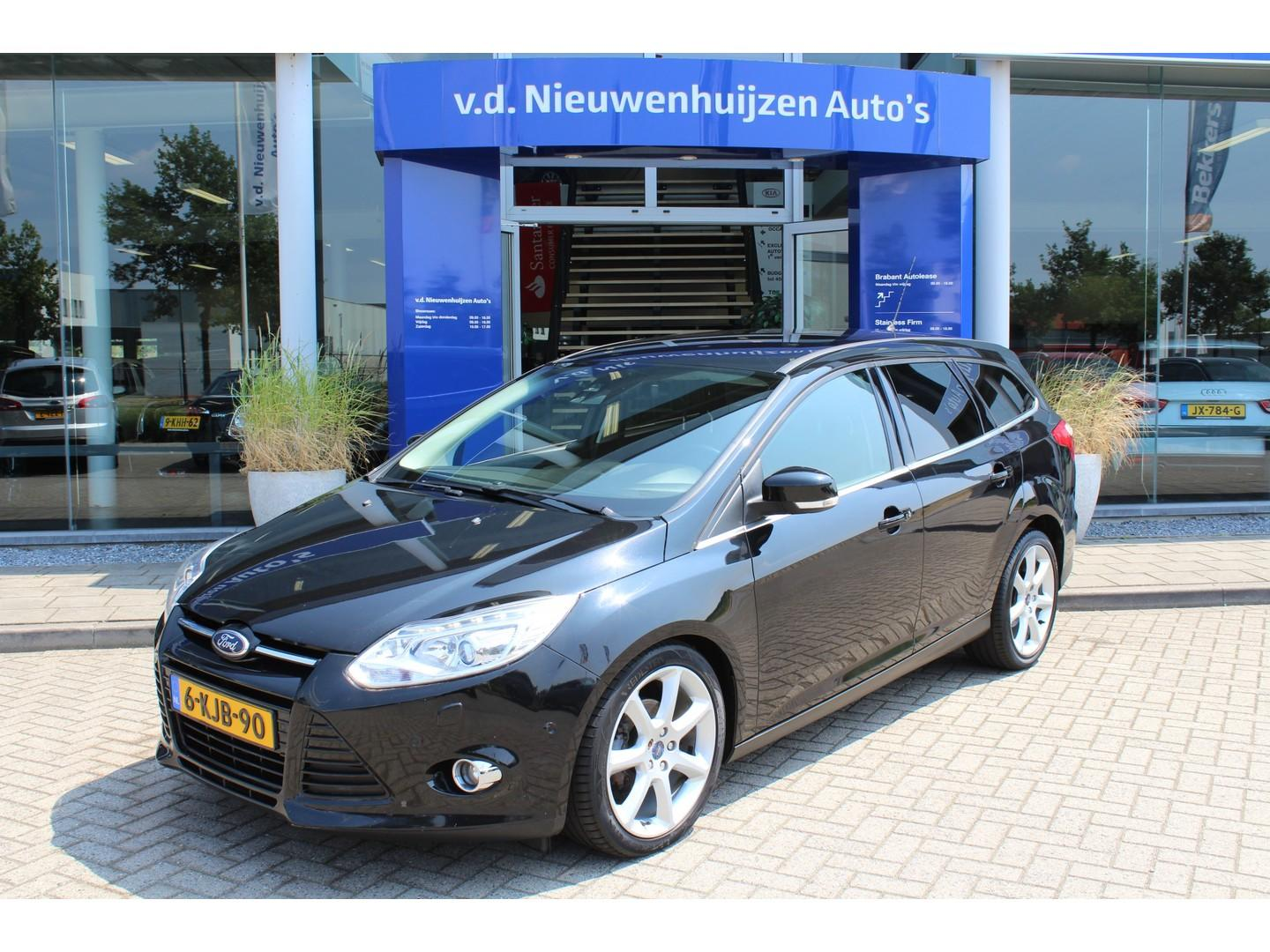 Ford Focus Wagon 1.6 tdci econetic lease titanium € 8.950,- 169 p/m navigatie xenon 18 inch lmv pdc v+a cruise bt
