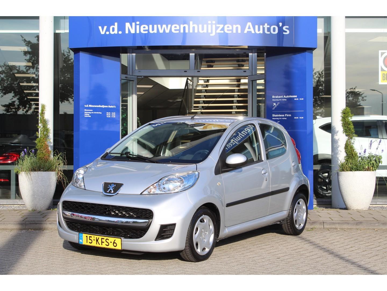 Peugeot 107 1.0-12v sublime lease vanaf € 69 p/m info dhr elbers 0492-588982 of e.elbers@vdnieuwenhuijzen.nl