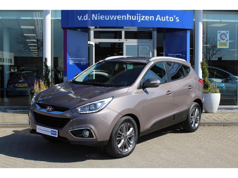 Hyundai Ix35 1.6i gdi i-catcher navi, ecc, camera, cruise info: dhr elbers 0492-588982 / 06-24309821 of e.elbers@vdnieuwenhuijzen.nl