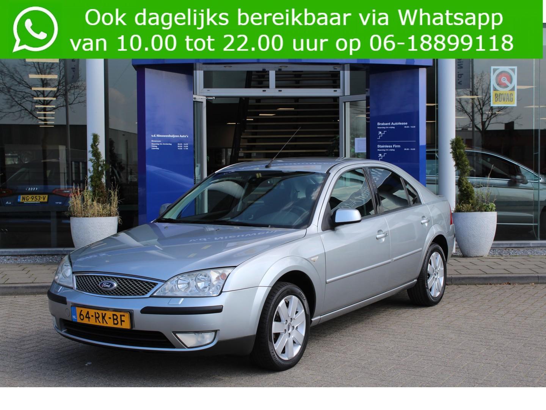 Ford Mondeo 2.0-16v futura climate control, elektrische voorstoelen, nav, trekhaak geremd trekgew. 1800 kg!! info pepijn 0492-588980 of pepijn@vdnieuwenhuijzen.nl