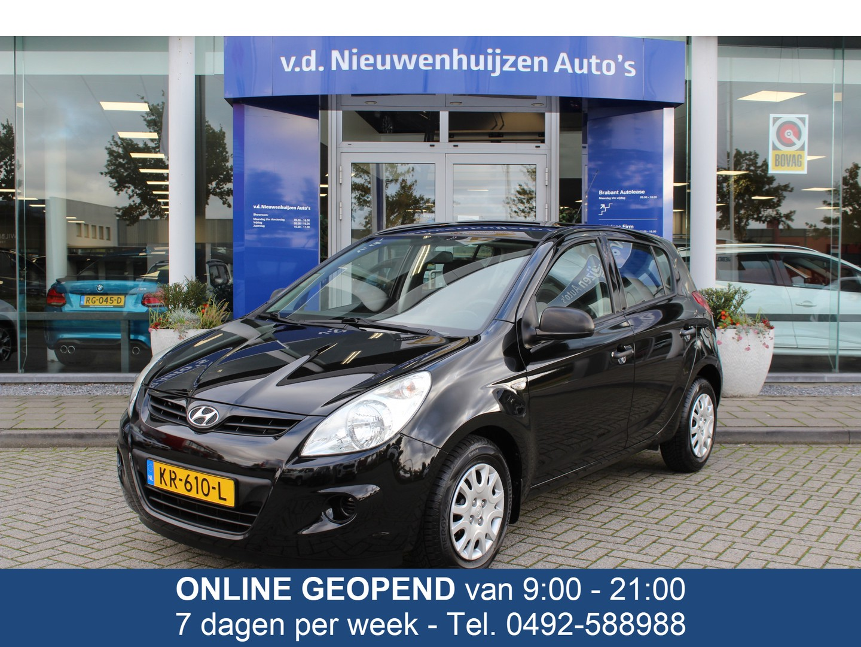Hyundai I20 1.2i i-drive € 6.450,- 119 p/m info 0492-588956 5 deurs