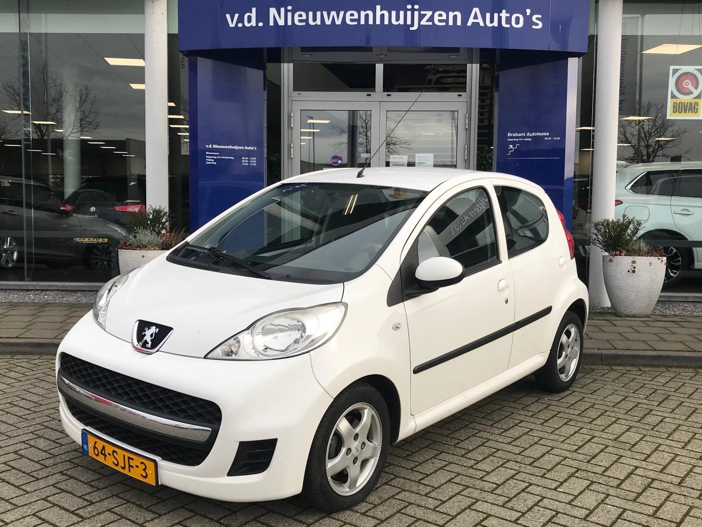 Peugeot 107 1.0-12v xs € 4.945,- 99 p/m info fbogaars 0492-588956 airco  5 deurs