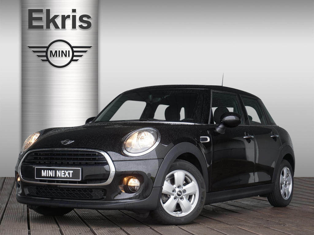 Mini 5-deurs Cooper d business edition