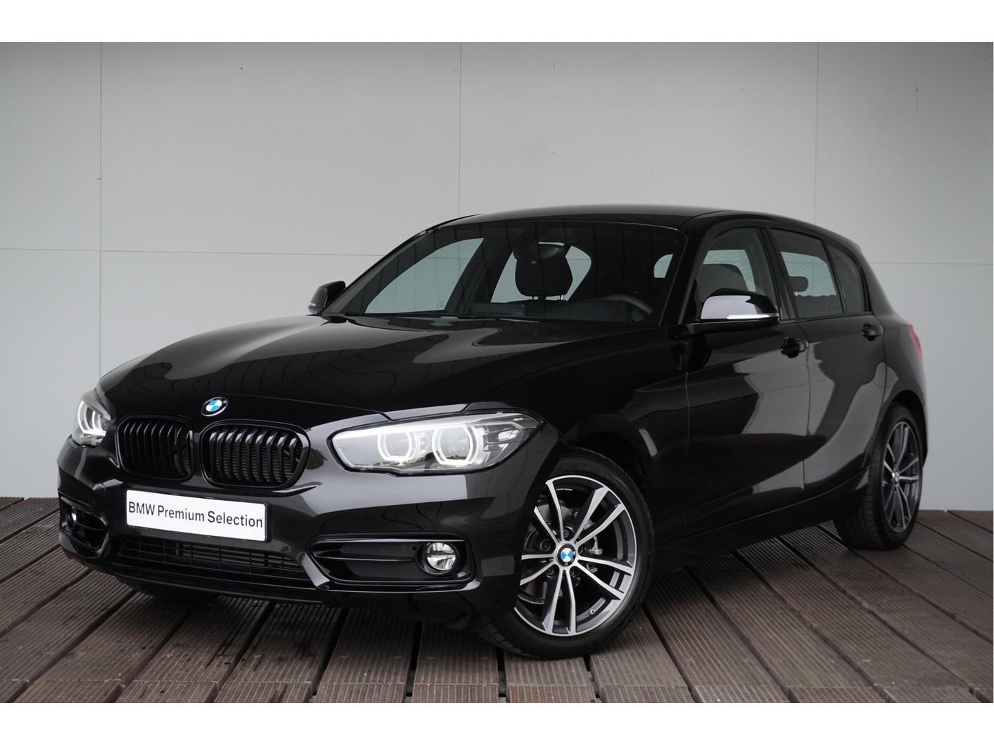 Bmw 1 serie 118i aut. 5-deurs executive sport line shadow