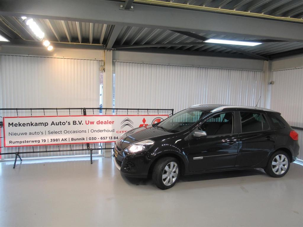 "Renault Clio Estate 1.2 tce 20th anniversary 100pk 16""/navigatie/trekhaak/climate/cruise/pdc/bluetooth"