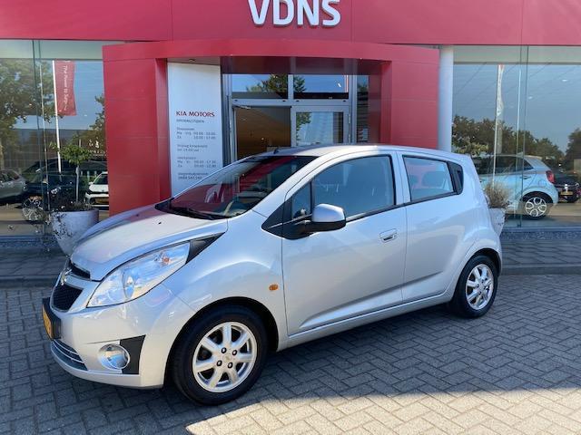 Chevrolet Spark 1.0 16v lt+ bi-fuel airco // lm-velgen info marlon 0492-588958 € 4.945
