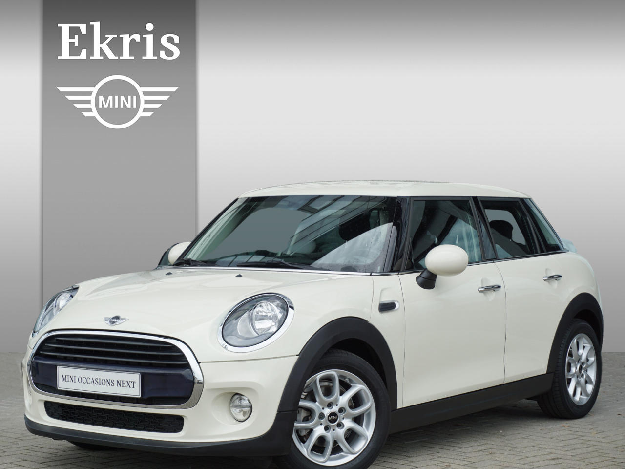 Mini 5-deurs Cooper salt + business