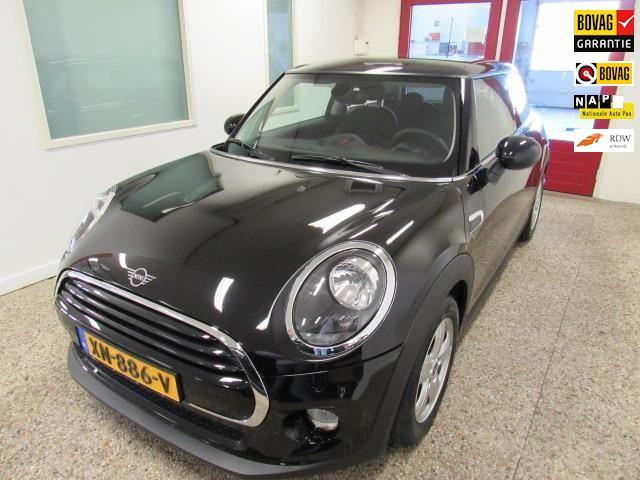 Mini Cooper 1.5 pepper business line