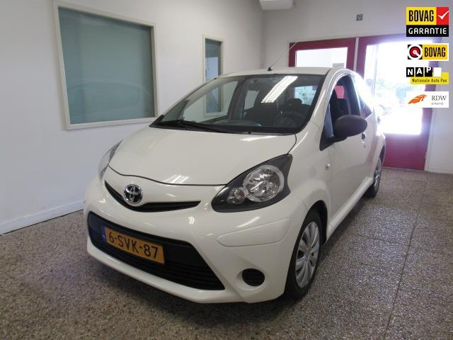 Toyota Aygo 1.0 vvt-i now