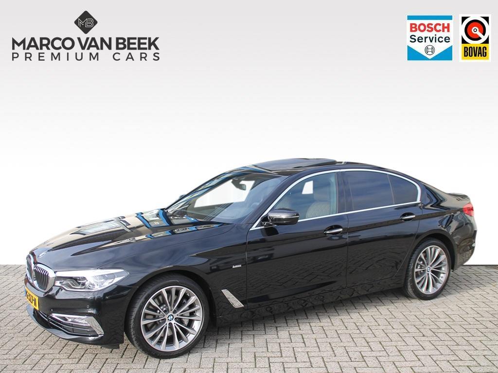 Bmw 5 serie 530i luxury line aut. nav leer dak trekhaak nw.pr. € 82.695 verkocht